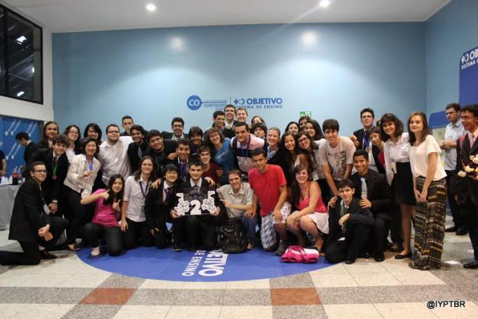 foto em grupo IYPT Brasil 2014